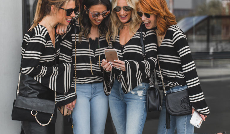CHIC AT EVERY AGE-BLACK AND WHITE STRIPE TOP