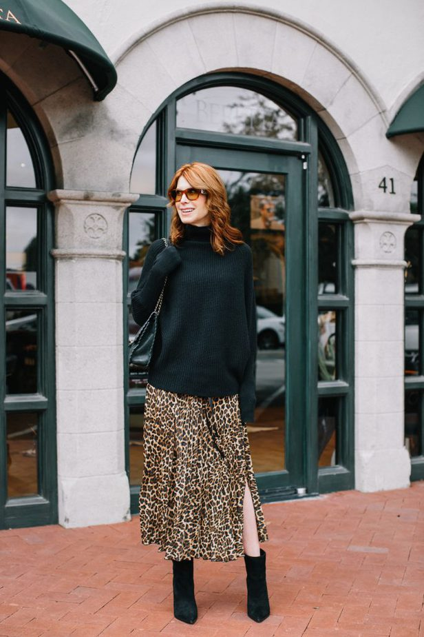 ANIMAL PRINT PLEATED SKIRT - The Middle Page