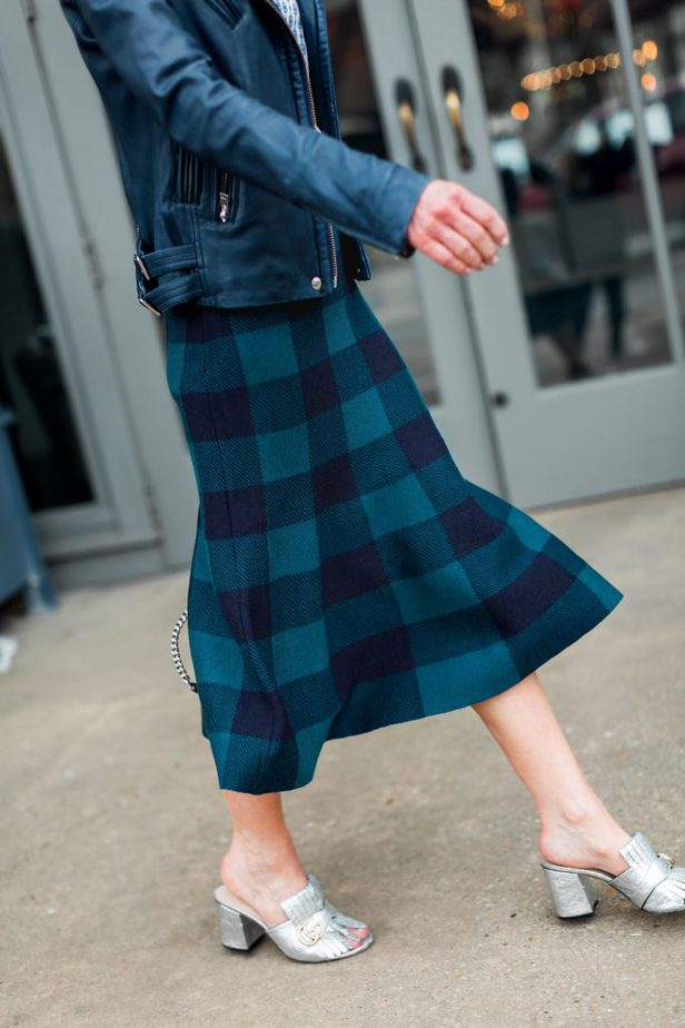 Green and Blue Buffalo Check Trumpet Flare Skirt with Blue and White Chain Print Blouse