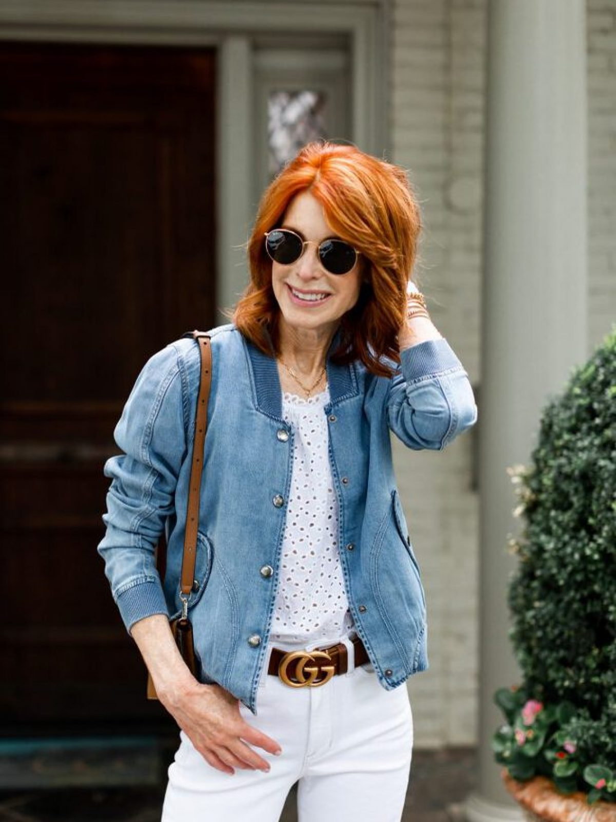A GREAT DENIM BOMBER TO WEAR ALL SUMMER LONG