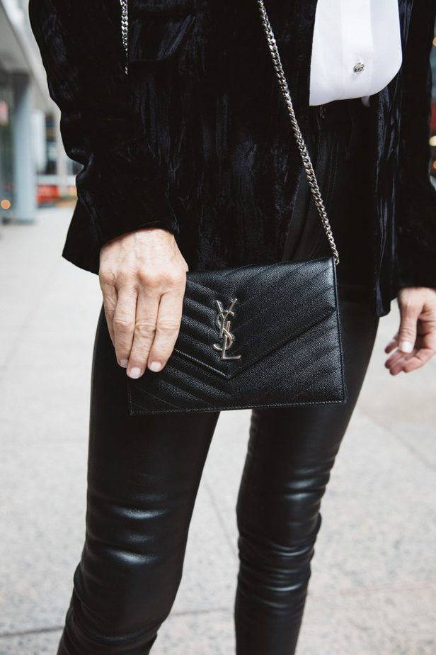 YSL Wallet on Chain on Dallas Blogger