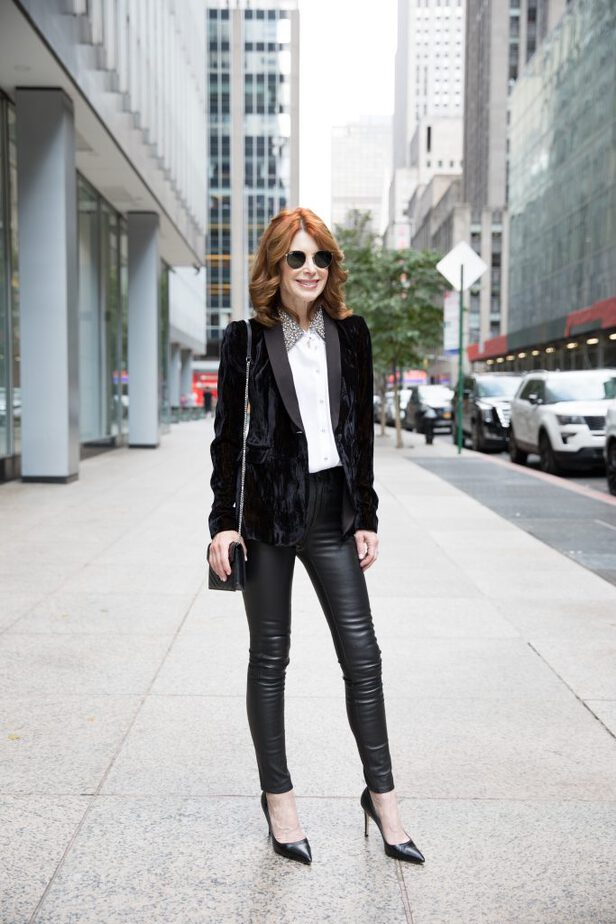 Black Alice & Olivia Crushed Velvet Blazer on Dallas Blogger