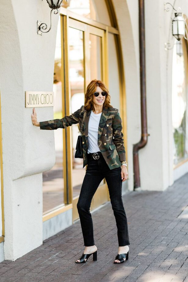 dreamy camouflage blazer with black jeans