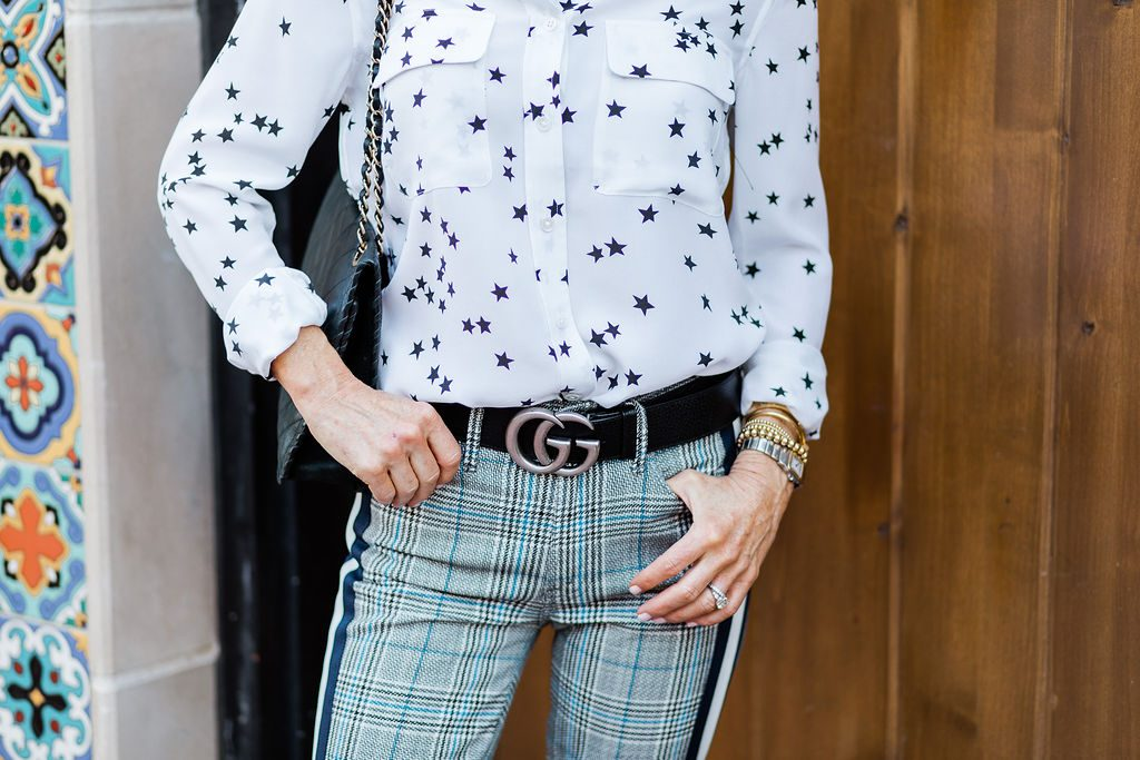 Star print blouse and plaid Mother pants on Dallas blogger