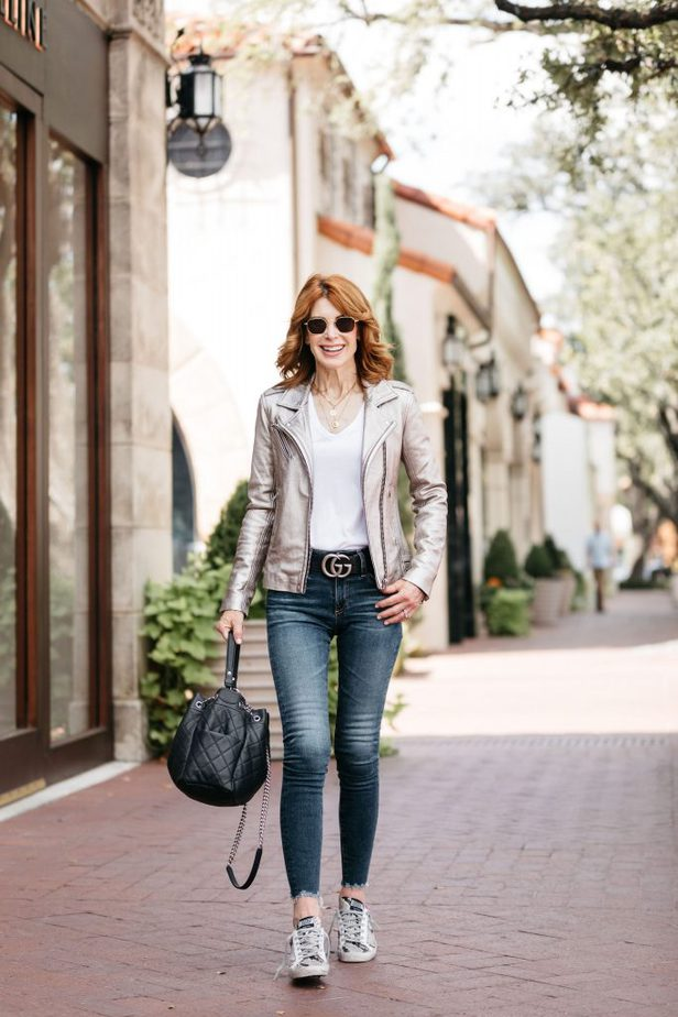Over 40 Dallas Blogger wearing Moto Jacket from IRO paired with golden goose sneakers and Gucci Belt
