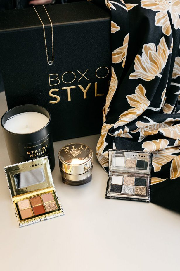 Rachel Zoe's Box of Style featuring eye shadow palettes from Lorac