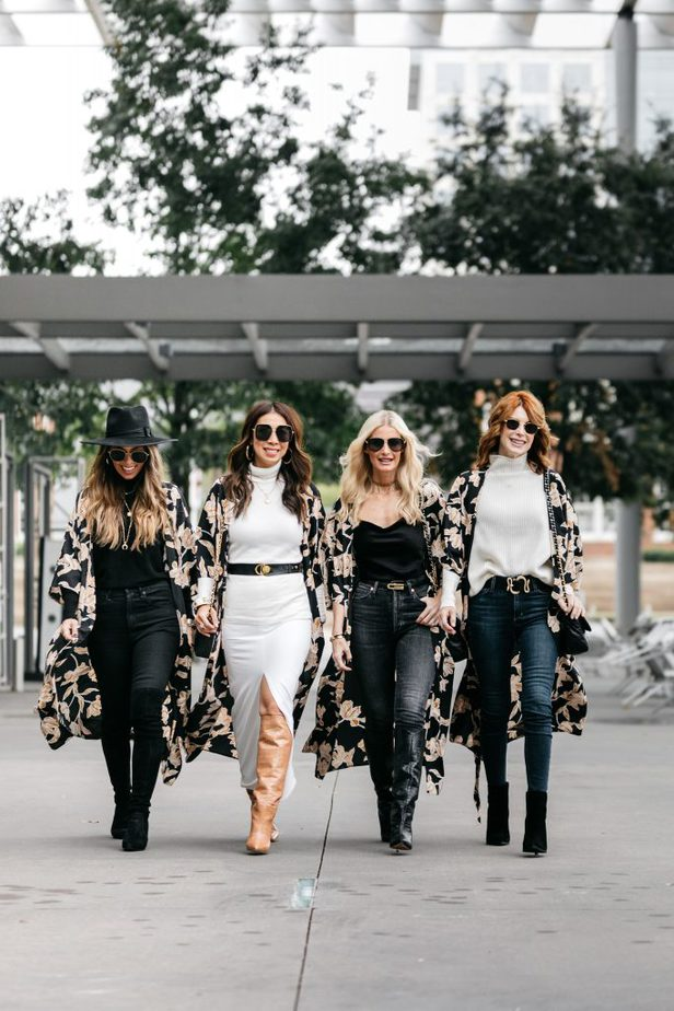 Dallas Bloggers wearing robe by MAISON Du SOIR