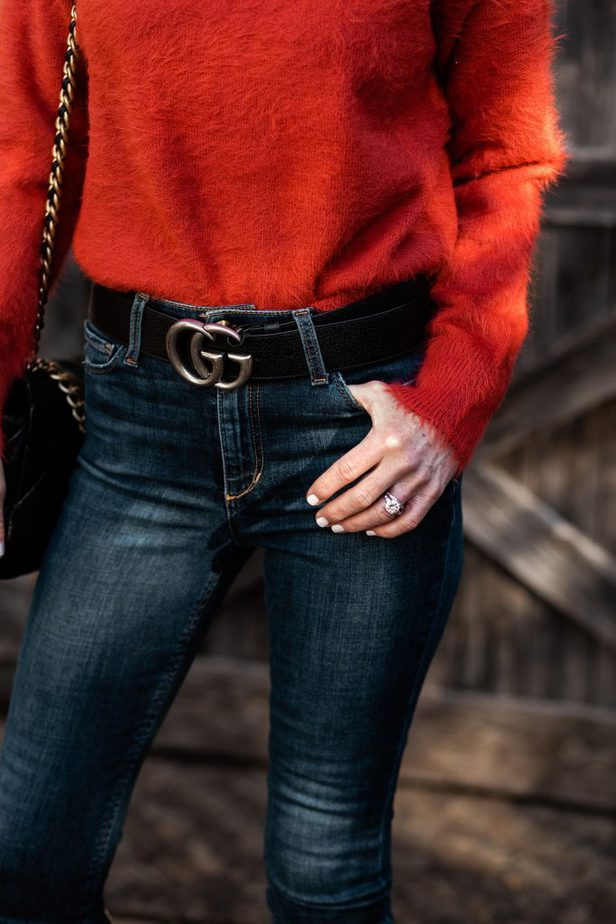 Over 50 Dallas Blogger wearing Black Gucci Belt paired with Cozy Sweater from Lou & Grey
