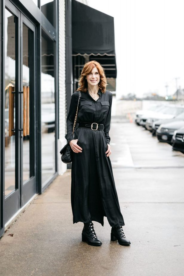 Dallas Fashion Blogger wearing Banana Republic