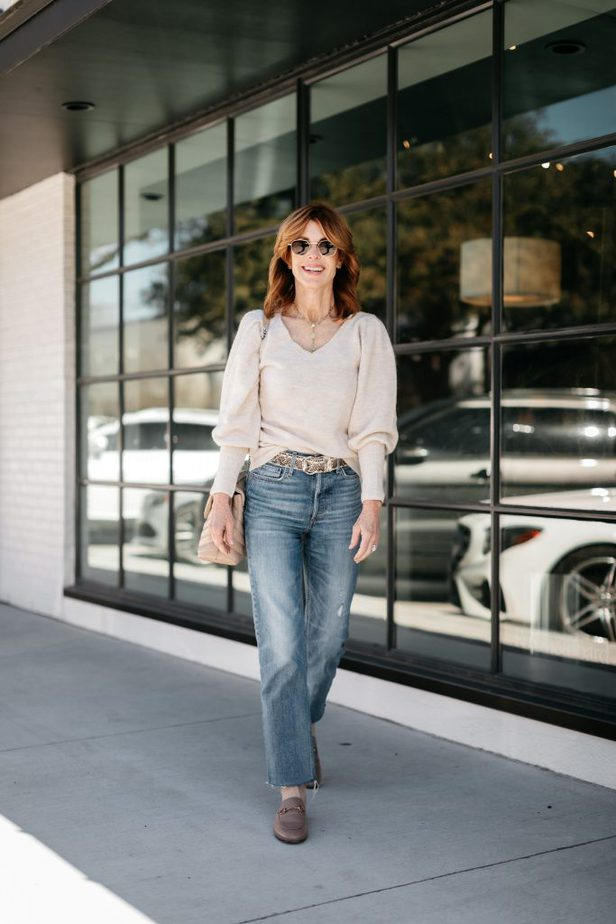 Cathy Williamson wearing puff sleeve sweater from Nordstrom