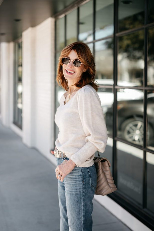 Cathy Williamson wearing Rachel Parcell puff sleeve sweater
