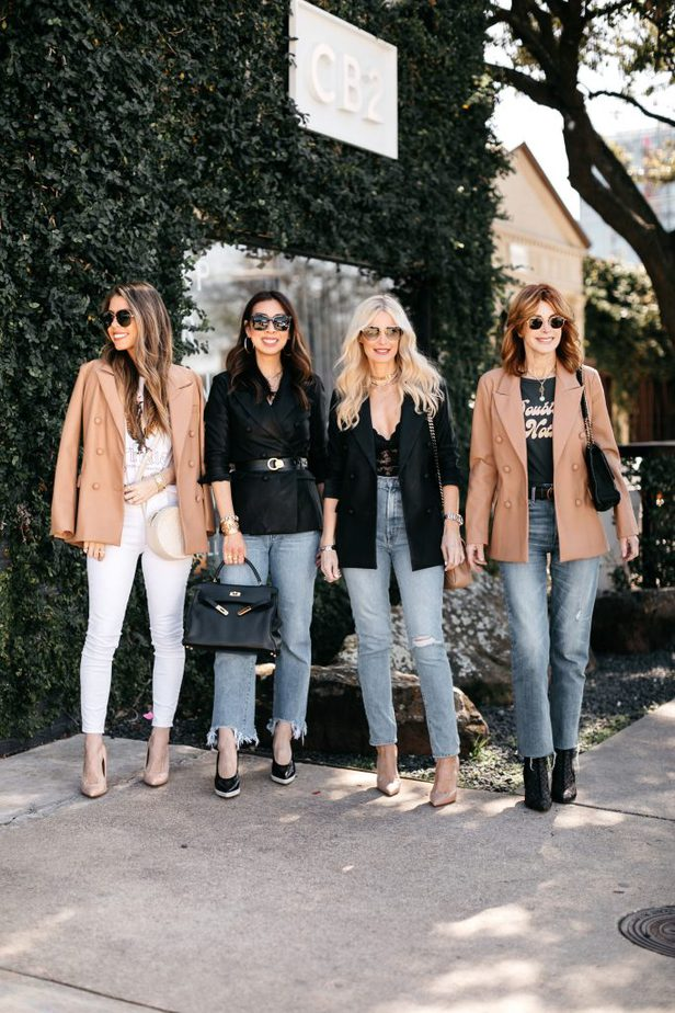 DALLAS BLOGGERS WEARING NORDSTROM FAUX LEATHER BLAZER