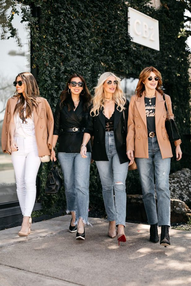 CHIC AT EVERY AGE DALLAS BLOGGERS WEARING FAUX LEATHER BLAZER