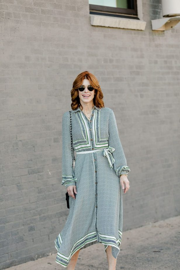 Dallas Fashion Blogger wearing green Anthropologie Dress