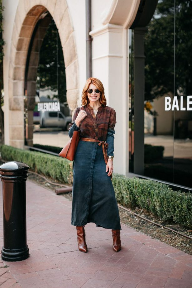 Thanksgiving Look #2 | Brown and Blue Shirt Dress from Bella Dahl on Older Blogger