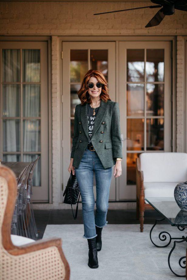 CINDY LOU WHO | Green Veronica Beard Blazer on Dallas Blogger