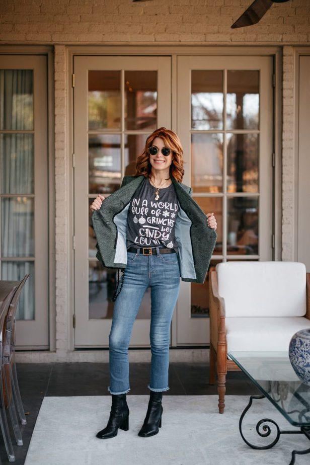 Cindy Lou Who Tee on Dallas Blogger