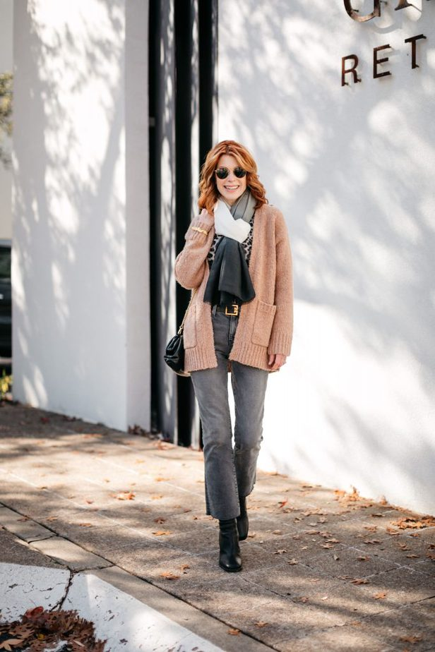 Dallas Blogger wearing Camel Sweater and Scarf from Curateur Box from Rachel Zoe