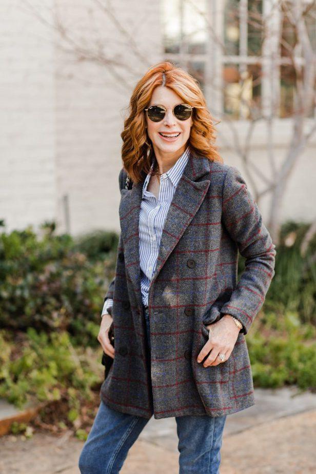 Dallas Blogger in Lioness Double-Breasted Grey plaid winter blazer