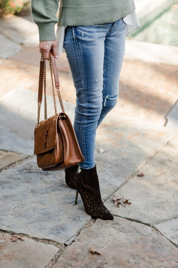 how to wear jeans and leopard booties