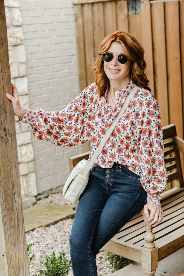 Dallas Blogger in Floral Top