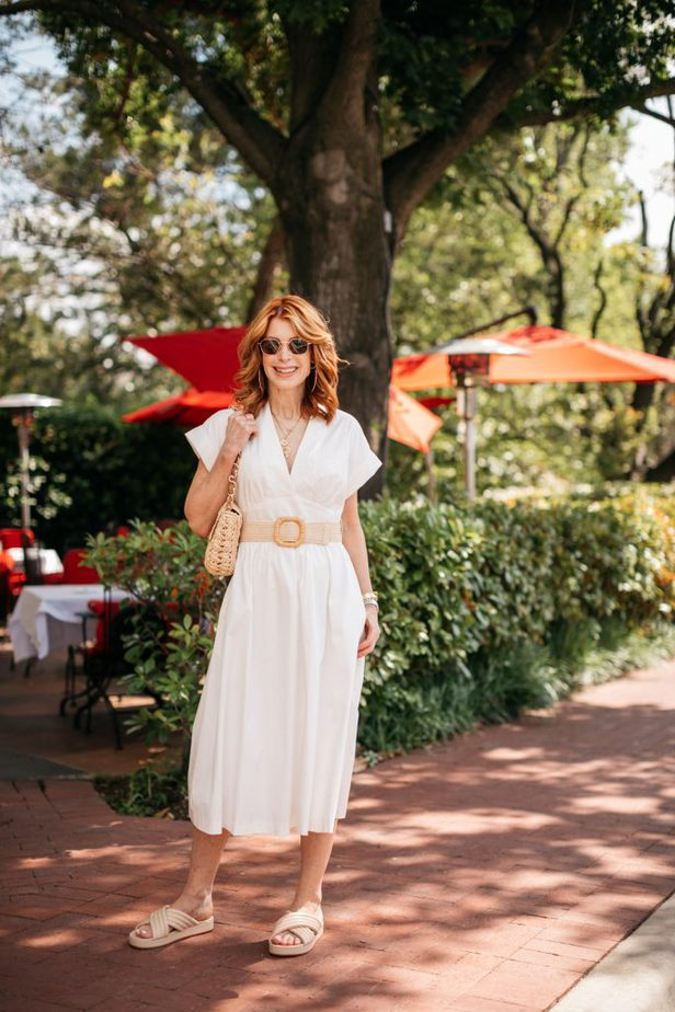 Dallas femal Blogger wearing Kimberly Schlegel Whitman x Antonio Melari White
