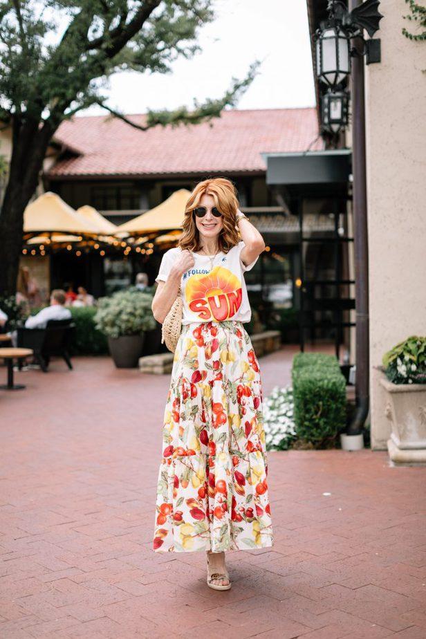 follow the sun shirt and Cara Cara Fruit Skirt on Dallas Blogger