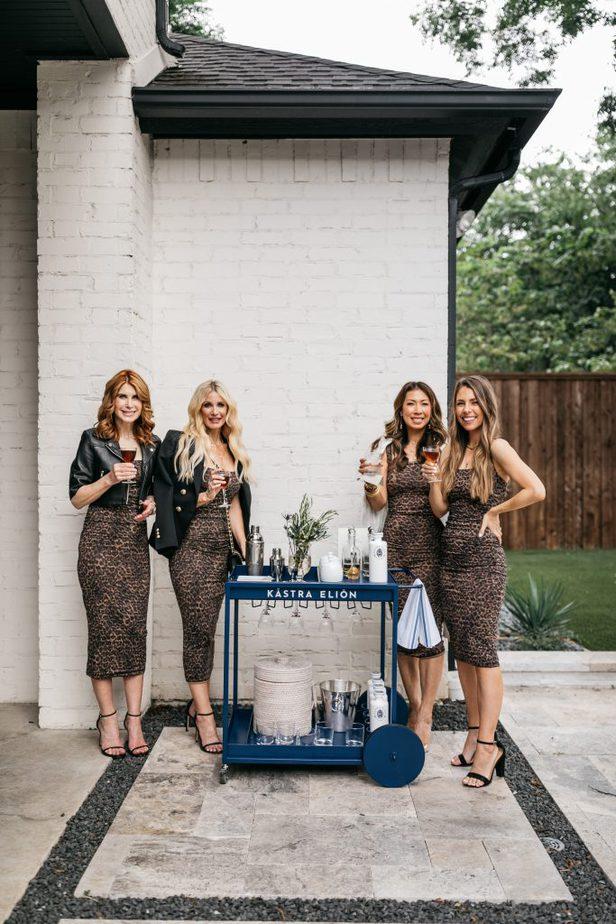 Dallas Bloggers in Good American leopard 90's tank dress
