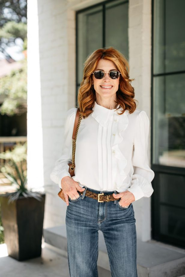 woman posing with hands on her pockets